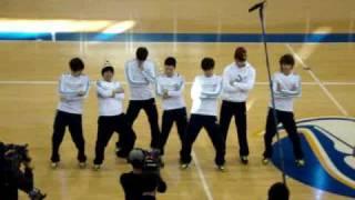 getlinkyoutube.com-[fancam] 091205 Song Joong Ki, Dream Team dance to Abracadabra