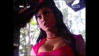 getlinkyoutube.com-Lasmini Kembang Gunung Lawu Part 1