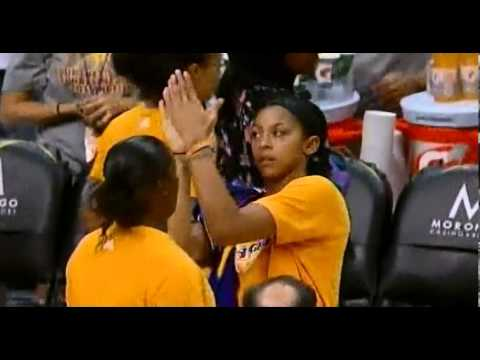 high five denied - Ebony Hoffman leaves Candace Parker hanging