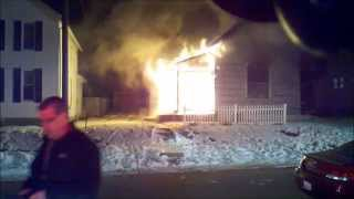 getlinkyoutube.com-Newark, Ohio Fire Department House Fire 263 Boyleston 2-28-15 Working Fire Incident Command View