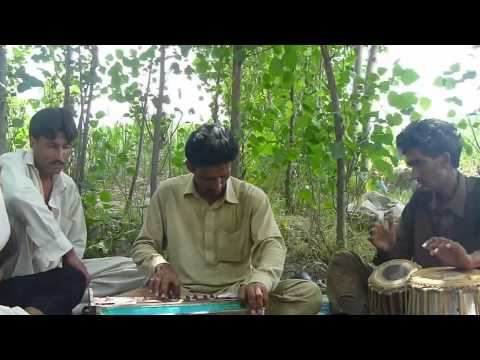 Tape tapay tapey tapey 2012 Part2    maidani program    tang takor    siraj gul ksa mp4   YouTube