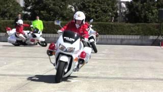 getlinkyoutube.com-Motorcycle Police Women. HONDA VFR800