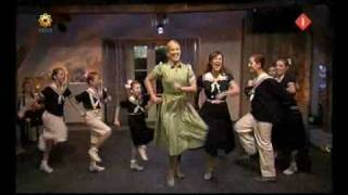 getlinkyoutube.com-The Sound of Music By The Von Trapp Kids 4U TV optreden bij Ivo Niehe