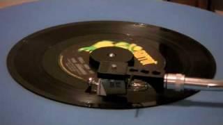 getlinkyoutube.com-The Zombies - Tell Her No - 45 RPM - ORIGINAL MONO MIX