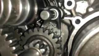 getlinkyoutube.com-(Yamaha RX100) engine and gear internal view motorcycle
