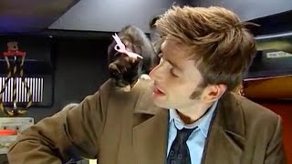 getlinkyoutube.com-AWW! David Tennant & A Basket of Kittens - Doctor Who Confidential Series 3 - Doctor Who - BBC