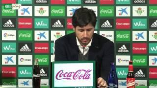 Resumen de las declaraciones de Víctor Sánchez, Ceballos y Rafa Navarro tras el Betis-Osasuna