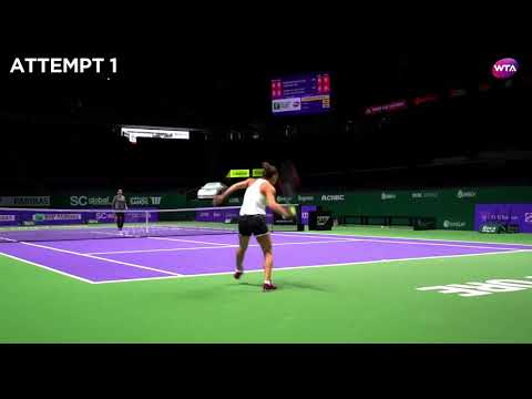 Recreate the shot with Simona Halep