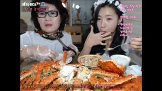 getlinkyoutube.com-피트니스요정) 100일기념 엄마랑 킹크랩 먹방 eatingshow 150915