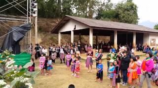 getlinkyoutube.com-ปีใหม่ม้งบ้านห้วยลึก Hmong new year 2015