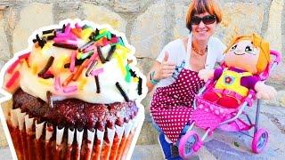 getlinkyoutube.com-Видео для девочек: Маша Капуки Кануки и Элис готовят пирожное и сладости. Кондитерская