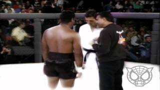 getlinkyoutube.com-Royce Gracie MMA HL - The Birth of a Champion by Spiderpigbegins