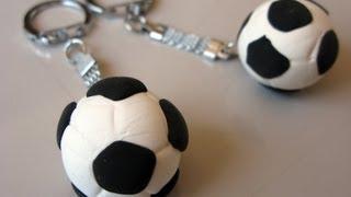 getlinkyoutube.com-Manualidad regalo día del padre - llavero balón - Manualidades para todos