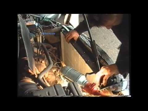 Замена радиатора в Крайслере Вояджере mxf