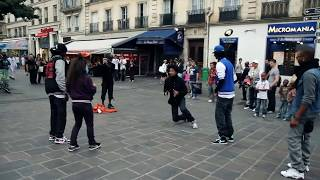 getlinkyoutube.com-STREET BATTLE Les Twins VS. Bones The Machine+Pee Fly VS. Laura+Boubou | YAK FILMS