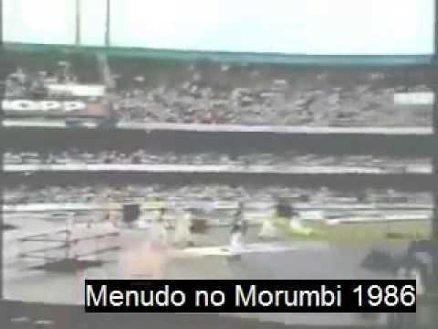 Confusão no show do Menudo em São Paulo no momento em que cantavam