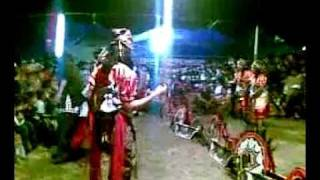 getlinkyoutube.com-Turonggo Mudho Santoso - Parikan+Titip kangen (Live @ Shelter Kuwang)