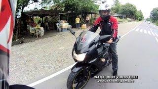 getlinkyoutube.com-Kawasaki Ninja 250 vs Kawasaki KR150 Drag racing with Yamaha sniper Suzuki raider