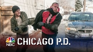 Chicago PD - A Punching Chance (Episode Highlight)