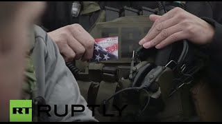 getlinkyoutube.com-USA: Oregon militia members pay surprise visit to FBI