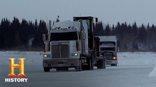 getlinkyoutube.com-Ice Road Truckers: Lisa's Icy Fall (S8, E12) | History