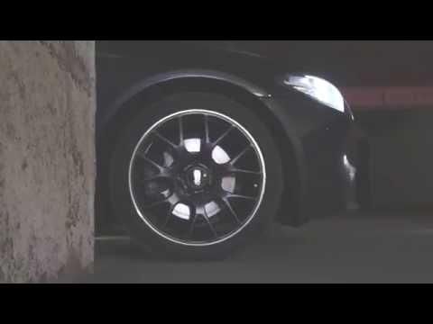 BMW 5 F10 – алькантара и шлифованный алюминий.