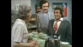 getlinkyoutube.com-Mind Your Language very funny video: 'No tea, only 'hot water'