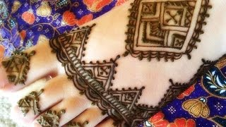getlinkyoutube.com-Moroccan Bridal Henna Foot Design by FreeHandMehndi