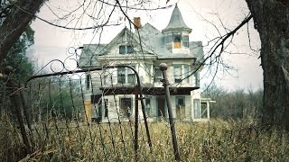 Abandoned MILLIONAIRES Family Mansion