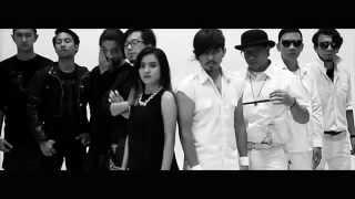 getlinkyoutube.com-Rocket Rockers x Killing Me Inside - Menuju Cahaya (Official Music Video)