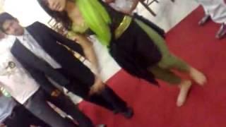 getlinkyoutube.com-Pakistani University Dance