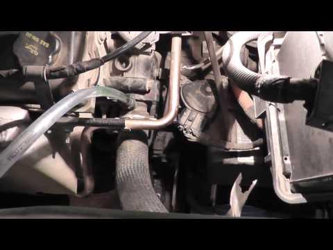 Где у Mazda Tribute опорный подшипник