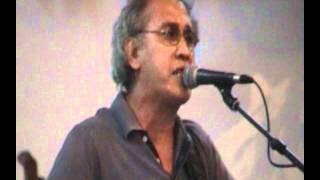 getlinkyoutube.com-Iwan Fals menangis pada makam Boeng Karno