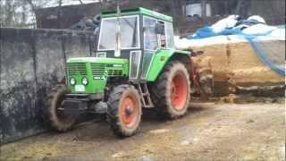 getlinkyoutube.com-Füttern 2013 mit Deutz 6806 Special und Fella SB 165 S
