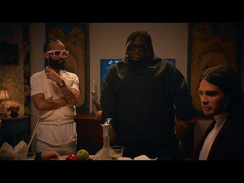 Sigues Con Él (Official Video)