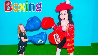getlinkyoutube.com-ASSISTANT Boxing Mathc Captain Hook + Big Bad Wolf + Santa Clause Challenge Video