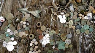 getlinkyoutube.com-Craziest Metal Detecting Video! Colonial Merchant Site Coin Madness!!!!!!