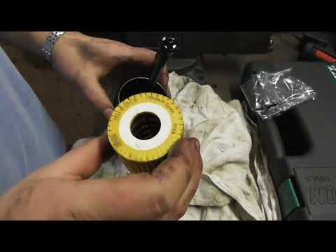 Mercedes A170 W168 changing oil filter?