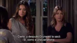 "getlinkyoutube.com-Pretty Little Liars - The Liars talk about Alison SUBTITULADO 4x14 ""Whos in the Box?"""