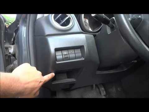 Расположение обд разъема у Mazda Атенза