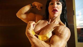 getlinkyoutube.com-Claudia Macedo Pires, hot Brazilian muscle babe