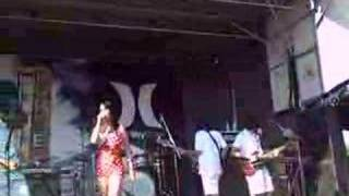 Katy Perry - I Kissed a Girl (Live at Warped Tour)