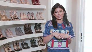 getlinkyoutube.com-Kylie Jenner Gives Digital Tour of Her Closets On New Phone App