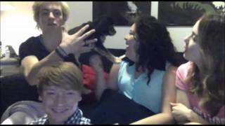 getlinkyoutube.com-¡ Raura Moments of Austin & Ally Cast Twitcam !