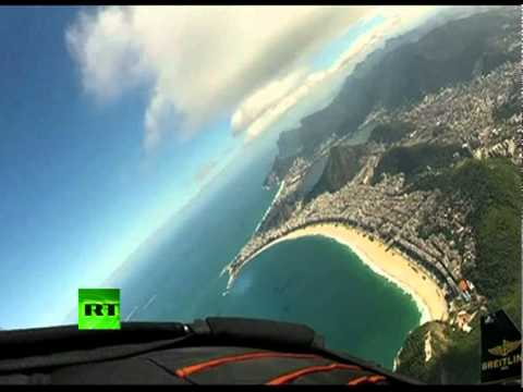 Spectacular video: 'Jetman' soars over Rio de Janeiro skyl..