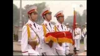 getlinkyoutube.com-Nghi lễ chào cờ trên quảng trường Ba Đình