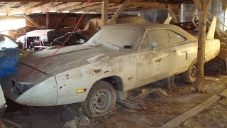 getlinkyoutube.com-Epic Barn Find in Midwest, Superbird, Talladega, Charger 500 and MORE.