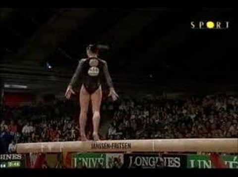 "Viendo el video ""Gym Catalina Ponor Poutre"" MP3 Gratis"