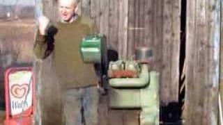 getlinkyoutube.com-Lister Pump Starting up