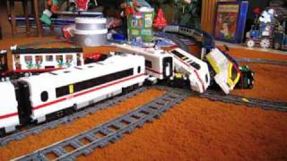 getlinkyoutube.com-LEGO train crash high speed Eurostar and ICE 3 on 9V double track
